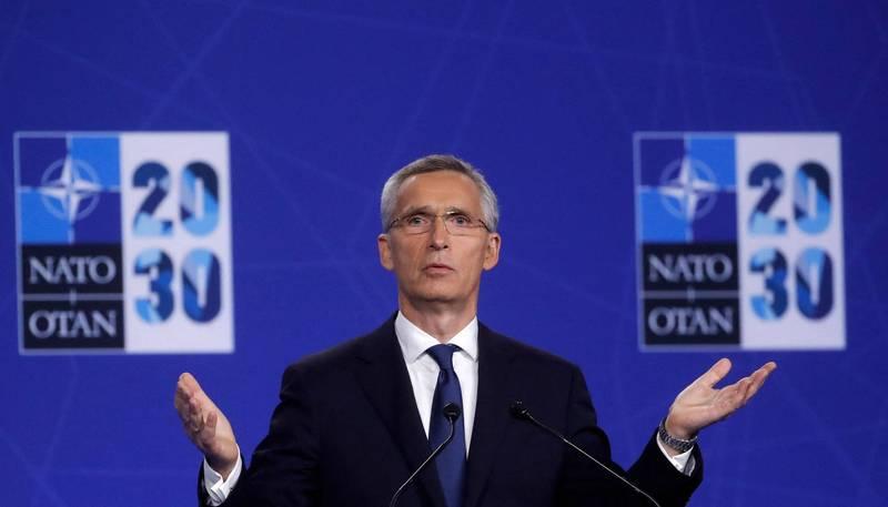 北大西洋公約組織14日召開高峰會,會後公開的聯合公報指出,參與峰會的30個盟國已針對中國、俄羅斯、阿富汗、網路戰,與太空攻擊等5大方面達成結論。圖為北約秘書長史托騰伯格。(法新社)