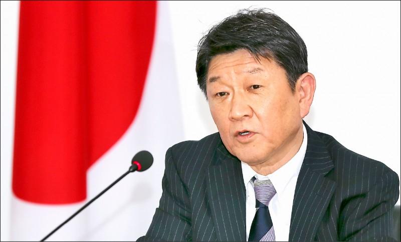 日本外務大臣茂木敏充昨宣布,將無償提供越南約一百萬劑AZ疫苗,並對台灣的追加供應也將進行檢討。(歐新社資料照)