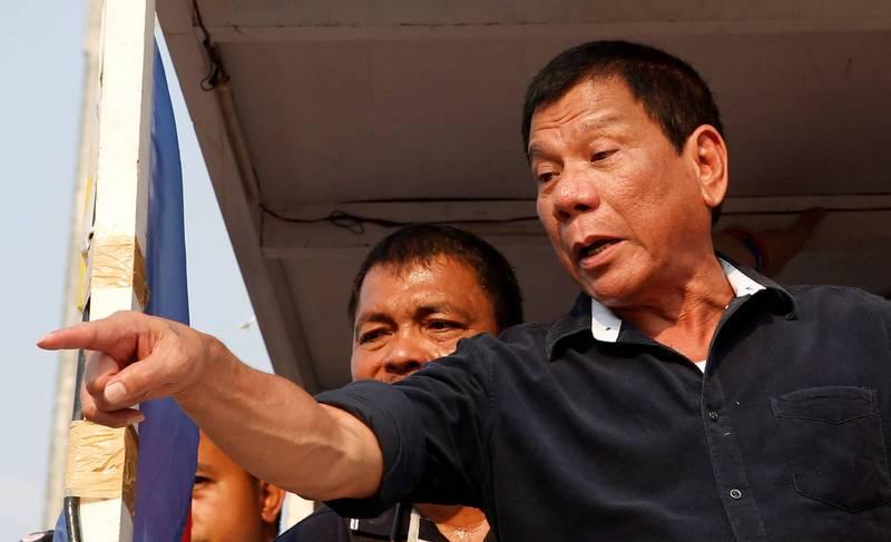 菲律賓總統杜特蒂(見圖)說,他認為競選下屆副總統「是個好主意」,聲稱自己有許多政策尚未完成,包括解決毒品問題。(路透)