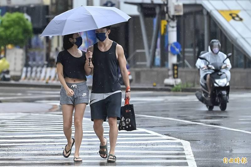 梅雨鋒面下週重返台灣,預估影響時長與帶來降雨潛勢均為今年之冠。(資料照)