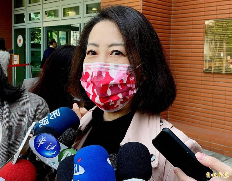 民進黨立委吳思瑤表示,公私部門全力協力合作,卡疫苗的是有心人士,卡台灣的更不是政府。(資料照)