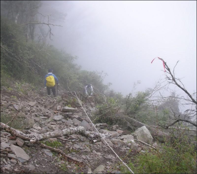 巡山員工作不輕鬆,除巡護山林,還經常投入山難救援。此為示意照,非新聞當事人。(資料照)