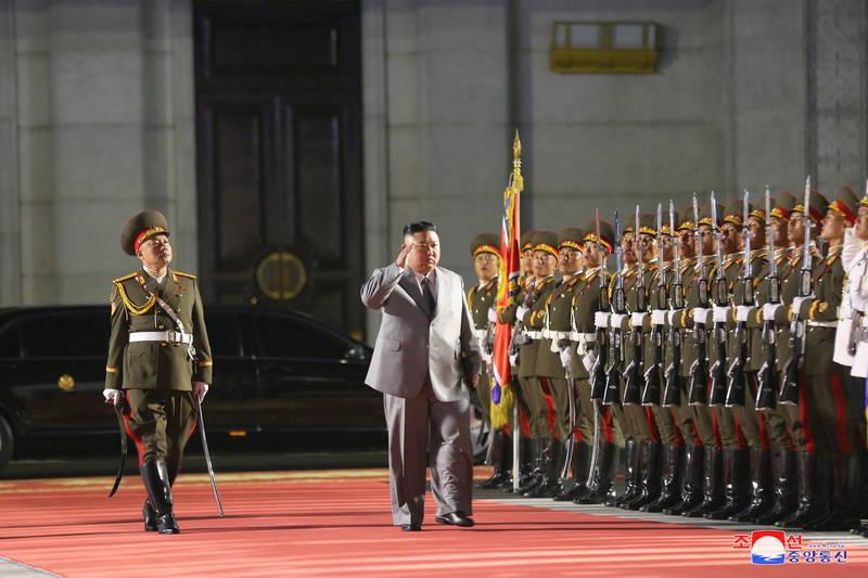 金正恩領導下的北韓雖已有一段時日未試射飛彈,朝鮮半島局勢仍不太平。(歐新社)