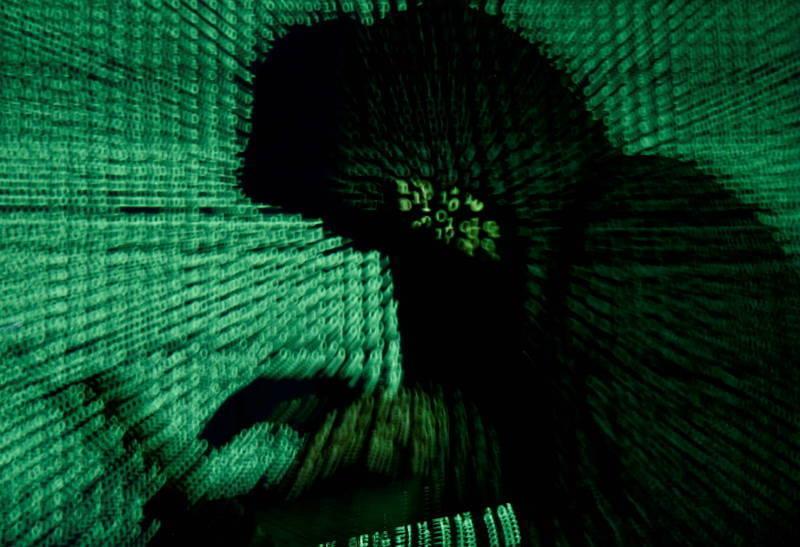 南韓國會情報委員會幹事、國民力量黨議員河泰慶(하태경,音譯)今天爆料,南韓原子能研究院日前遭駭客攻擊,追查IP位址後發現其與北韓駭客組織伺服器相連,目前相關單位已經進行調查。駭客示意圖。(路透)