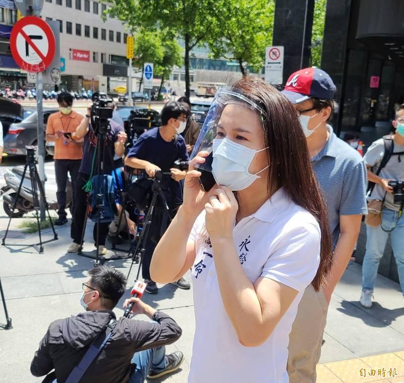 永齡基金會執行長劉宥彤受訪透露,有和對方討論與瑞士復星或香港簽約,避開敏感話題,但重點是需要政府回應,是否符合期待。(記者方賓照攝)