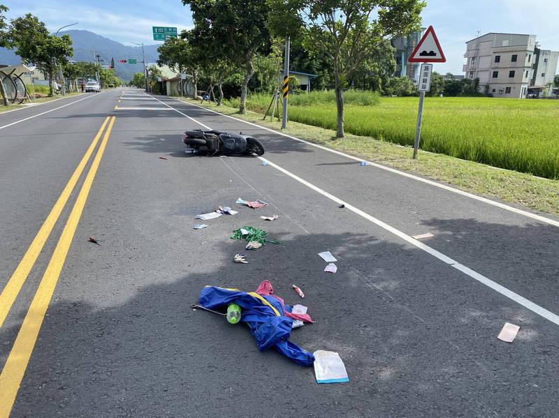 鄭男遭撞的車禍現場。(記者蔡昀容翻攝)