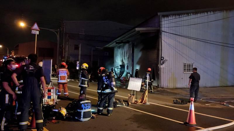 大雅鋁門窗工廠失火,造成1名員工身亡。(民眾提供)