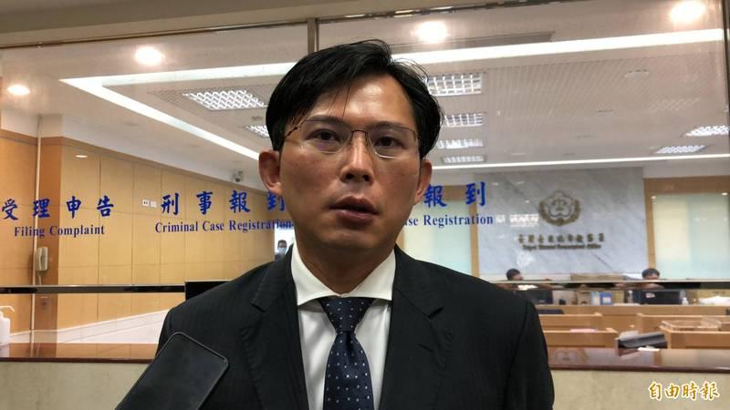 前立委黃國昌(見圖)說,當初國民黨政府從中國潰敗撤退至台灣,長期接受美國大量援助,台灣人民也沒有因此嘲諷國民黨是「乞丐政權」。(資料照,記者錢利忠攝)