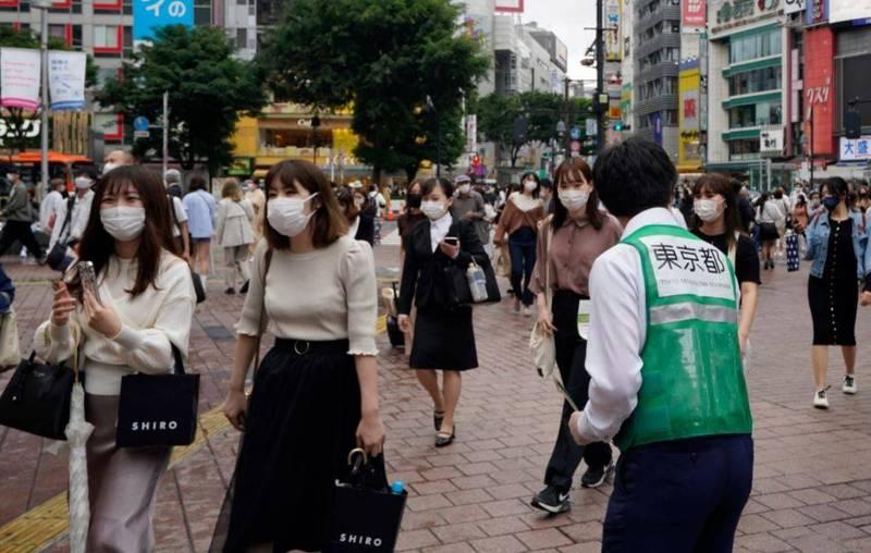 本為防止2019冠狀病毒疾病疫情擴大,對東京都等10地發佈緊急事態宣言,今天除冲繩縣外,9地解封。(歐新社)