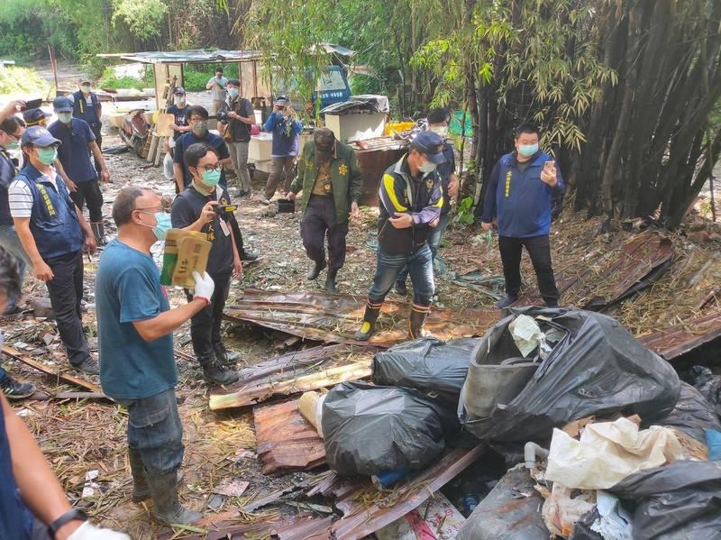 環保局查獲非法棄置廢棄物,將依法開罰10.48萬元。(市府提供)