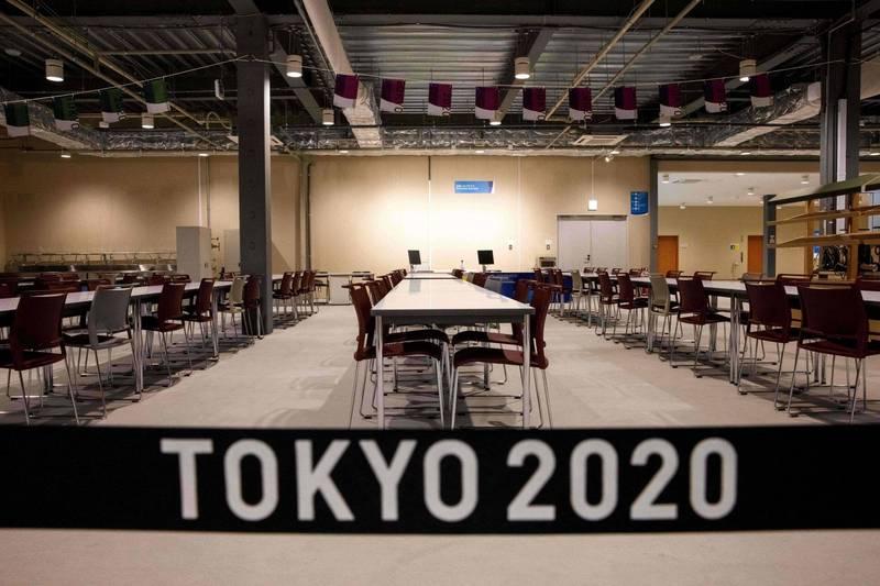 東京奧運籌委會昨日宣布,運動員可攜帶酒類入境,但禁止公共場所飲用,同時為阻止武漢肺炎(新型冠狀病毒病,COVID-19)擴散,將不提供選手村保險套,而是以紀念品的方式,在運動員離開日本時再分送。(法新社)
