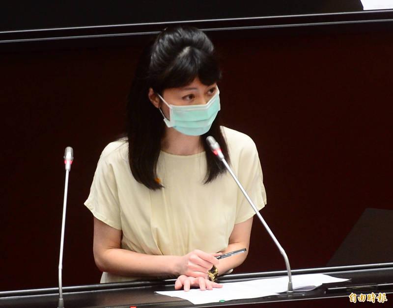 高嘉瑜(見圖)回擊表示,她從未接觸也不認識禾馨診所任何人,從未到過禾馨診所,沒有任何私交及往來。(資料照)