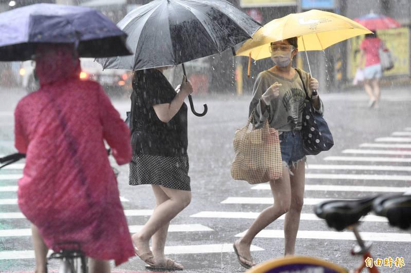 今天全台有雨。(資料照)