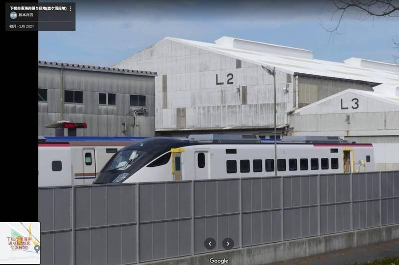日本網友拍到台鐵新車。(圖翻攝自Google Maps)