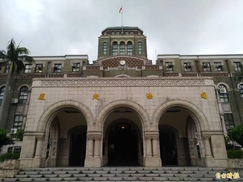 司法院宣布全國各法院停止開庭至7/12。(記者吳政峰攝)