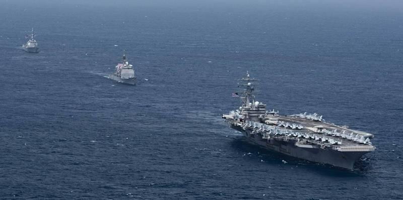 日本海上自衛隊與美國雷根號航艦打擊群進行聯合訓練。圖為雷根號航艦打擊群。(圖擷取自美軍太平洋艦隊臉書粉絲專頁)