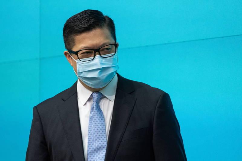 升任保安局长的邓炳强25日出席上任记者会。(欧新社)(photo:LTN)