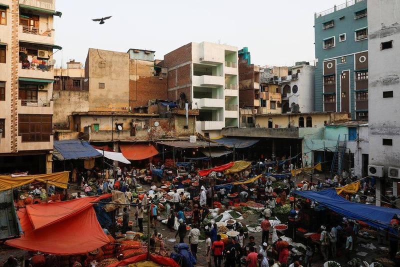 印度疫情大為好轉,孟買逾五成未成年人已產生武漢肺炎抗體。(路透)