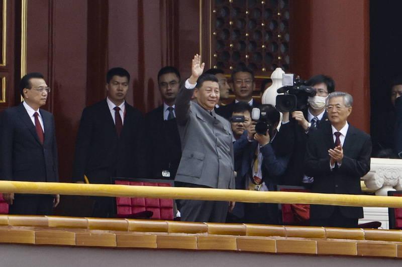 今日中共建黨百年,引起討論。圖為中共黨慶情況。(歐新社)