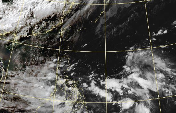 中央氣象局今(3日)指出,下週一、下週二(5日、6日)將有低壓系統通過台灣南方。(圖取自中央氣象局)