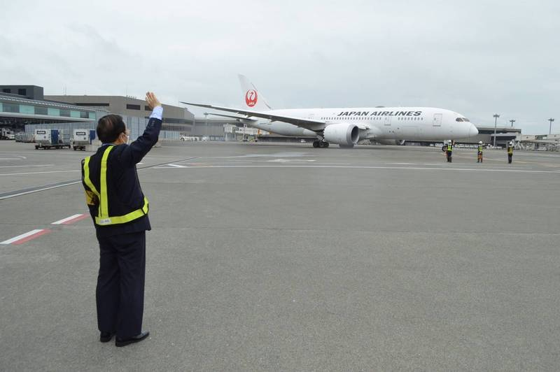 日本113萬劑友誼疫苗 成田起飛下午抵台