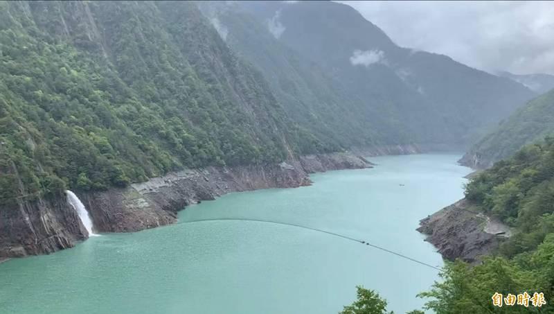 山區下小雨,德基水庫再進帳109萬噸。(記者歐素美攝)