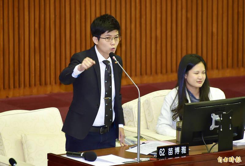 台北市議員苗博雅感謝台積電與鴻海公司、永齡基金會等單位與大小股東協助政府採購疫苗,並分析BNT採購案成功的兩大關鍵。(資料照)