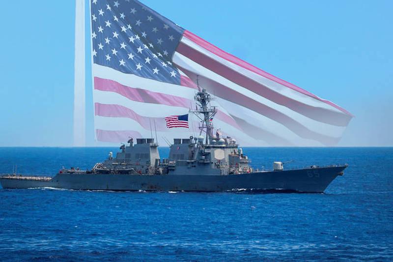 美軍伯克級飛彈驅逐艦「班福特號」(見圖),12日在西沙群島附近海域自由航行。(路透、美聯社;本報合成)
