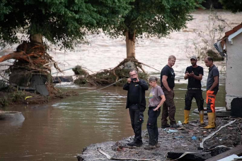 德國洪災累計81人死亡,阿爾韋勒郡(Ahrweiler)更傳出有1300多人失聯。(法新社)