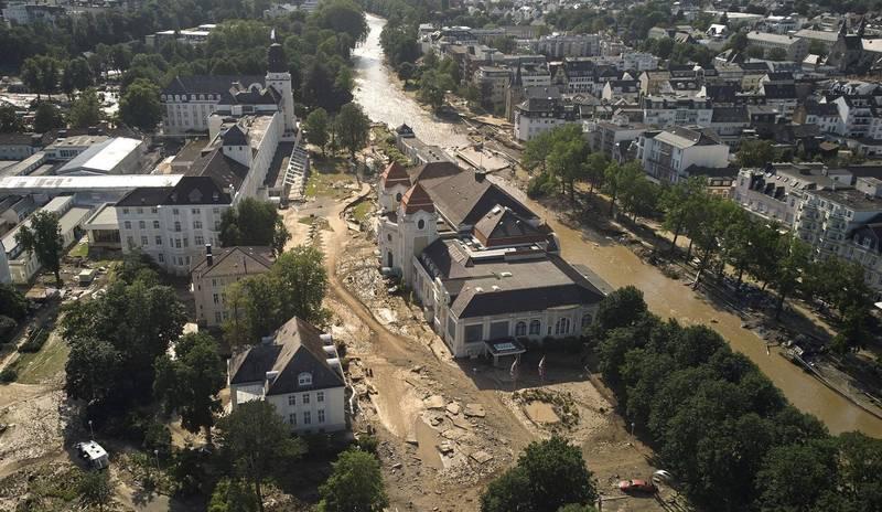 此次洪災已造成德國及比利時共188人死亡。圖為阿爾韋勒郡首府「巴特諾因阿爾-阿爾韋勒」。(美聯社)