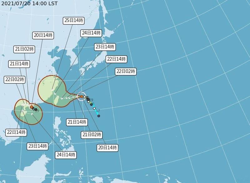 7/201400預報顯示,今年第六號颱風烟花(IN-FA)目前在台灣東方約800公里海面,以時速14公里緩慢朝西往台灣東北角前進;鵝鑾鼻西方第七號颱風第7號颱風「查帕卡」對台灣短期的天氣沒有直接的影響。(中央氣象局提供)