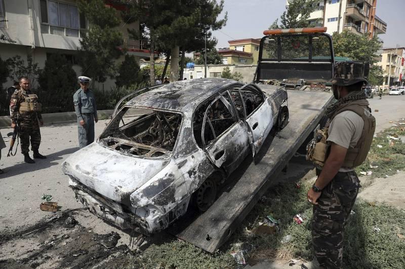 阿富汗首都喀布爾昨日遭炮彈襲擊,遭砲擊地點在總統府附近。(美聯社)