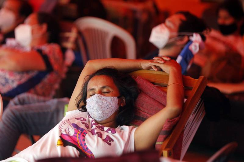 印度有名42歲男子罹患嚴重嗜睡症,1年之中竟有300天都在睡覺,儘管只是睡個午覺,也會睡上20至25天,人生幾乎大部分的時間都在睡覺中度過。睡覺示意圖。(法新社)