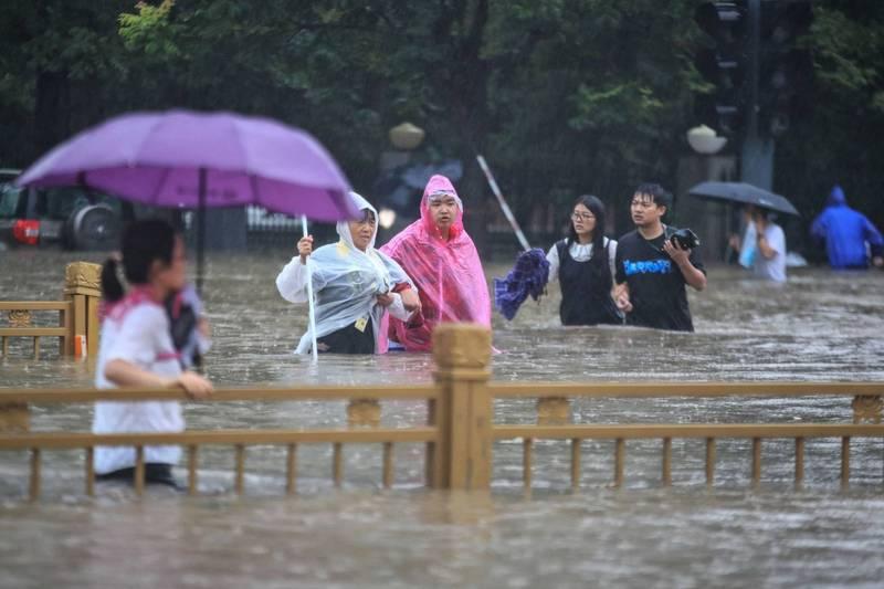 中國稱河南暴雨千年一遇? 自家氣象台預報員打臉了