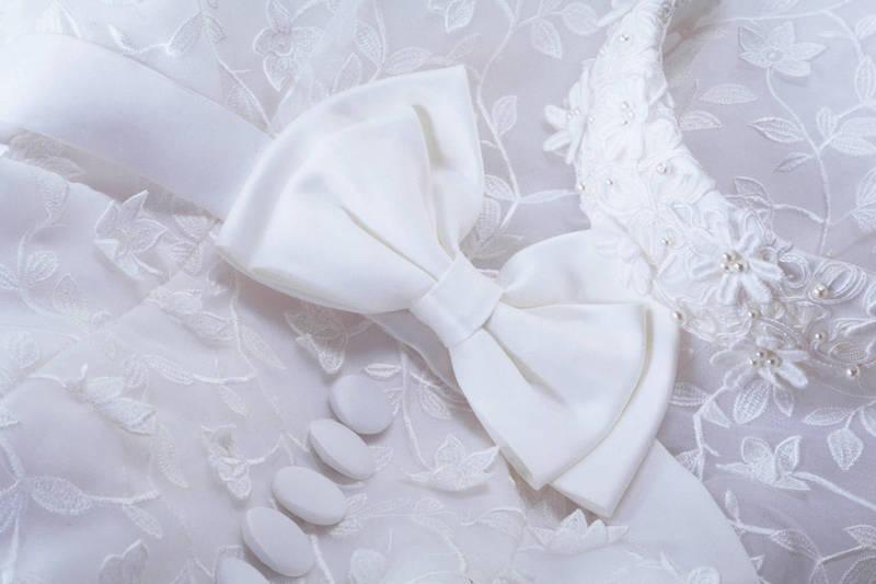 美國費城1名新娘班恩(Julie Benn)日前在婚禮上,疑似與新郎里奇特(Paul Richter)共舞太嗨,膝蓋脫臼。示意圖。(情境照)