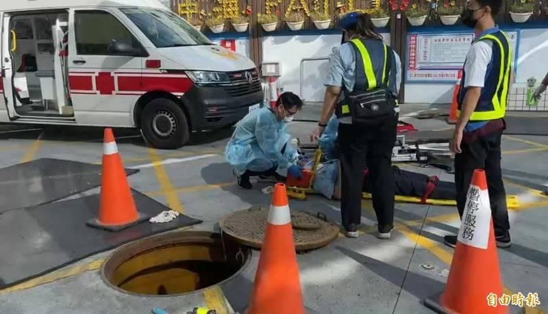 中油台東卑南站今早工安意外,簡姓站長摔進這處陰井。(記者黃明堂攝)