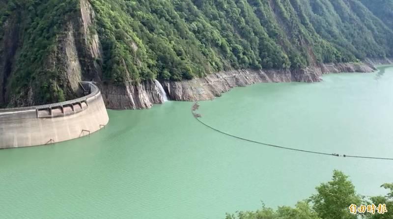 德基水庫蓄水率遲未能突破50%。(記者歐素美攝)