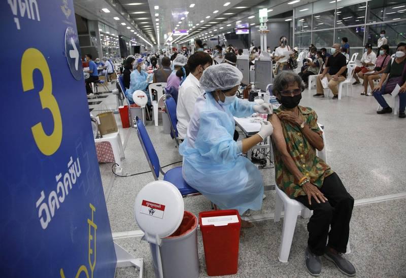 武漢肺炎》全球逾1億9191萬人染疫 至少412萬人喪生