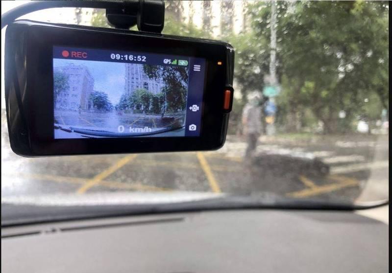 駕駛人見肇禍事故發生若提供「行車影像」助 還原真相,最高可有萬元獎金。(記者劉慶侯翻攝)