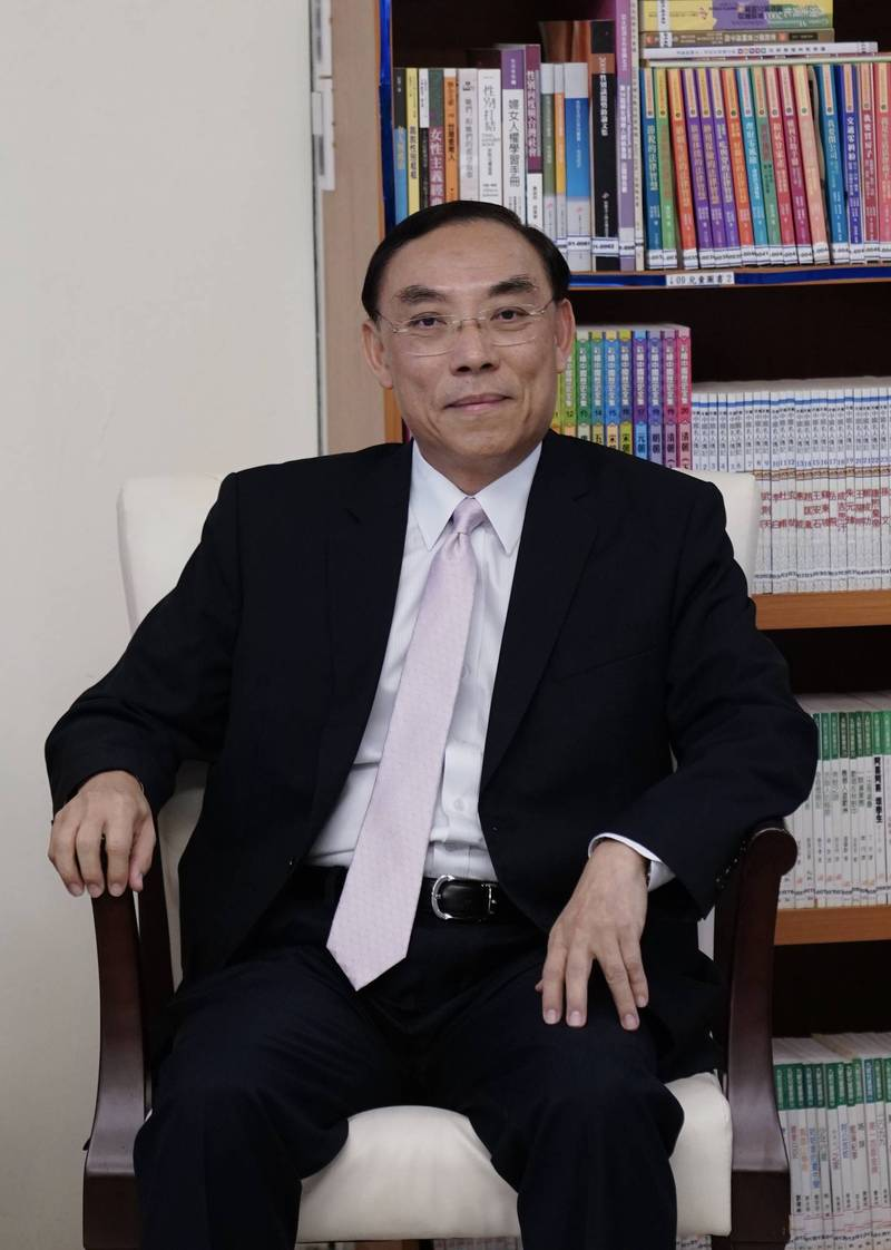 法務部長蔡清祥說明本次圈選一審主任檢察官的考量因素。(資料照)