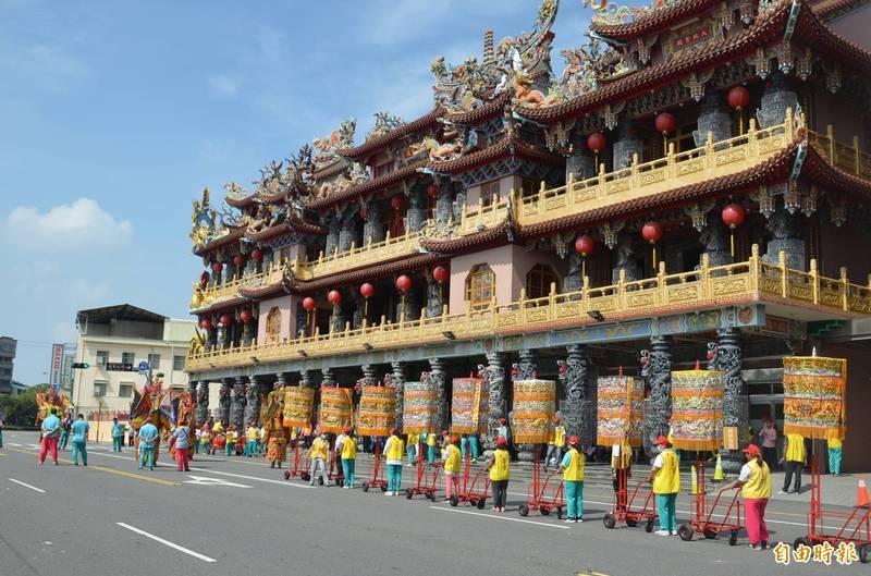 屏東市2大信仰中心玉皇宮及慈鳳宮27日起開放信眾入廟參拜。(資料照)