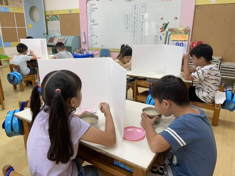 降級解封復課,幼教總會總會長洪懿聲表示,幼兒園會做好各項防疫工作。(圖由洪懿聲提供)