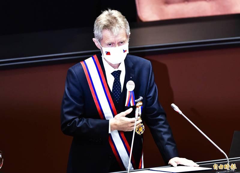 捷克參議院議長韋德齊(見圖)22日在推特發文,曝捷克政府正在開會討論贈台疫苗。(資料照)