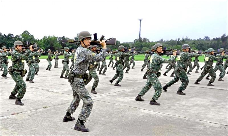 監院日前公布調查報告,指國防部如果認為「刺槍術」應保留,宜參採各方意見,加強對刺、對練經驗,避免與實戰情況脫節。(取自中華民國陸軍臉書)