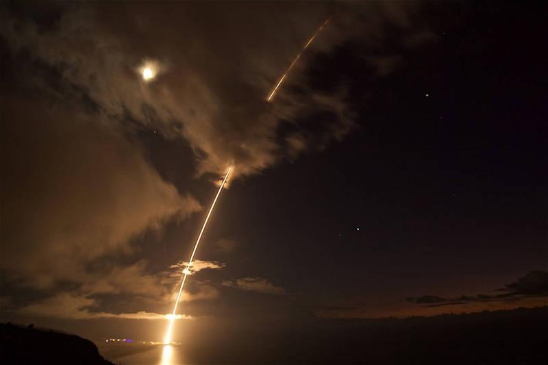 美國陸軍預告,下個月底將在夏威夷考艾島的太平洋靶場,進行2次大型飛彈防禦試驗。(法新社檔案照)
