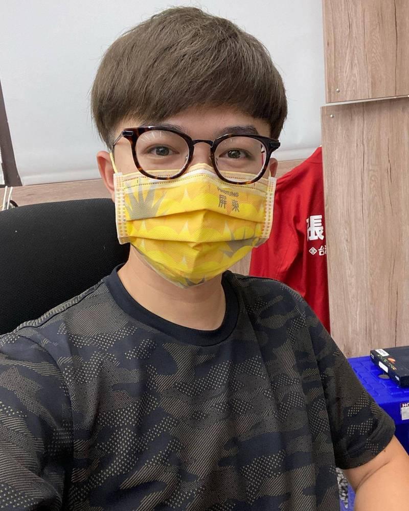 陳椒華為發文致歉再提多元審查,張博洋表示讓非專業審專業叫踐踏,不是多元。(記者王榮祥翻攝)