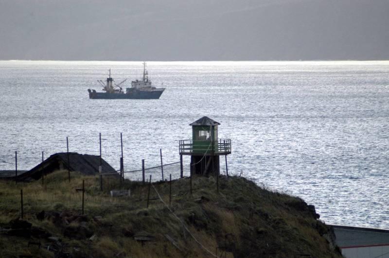 俄羅斯將在日俄爭議領土庫納希爾島海域,進行長期實彈射擊,引起日本的警戒。庫納希爾島示意圖。(美聯社)