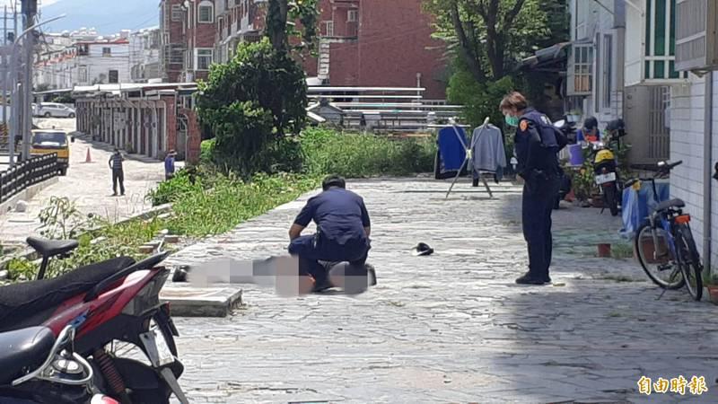 台東市東海國宅大樓今天傳出1名男子疑似墜樓。(記者黃明堂攝)
