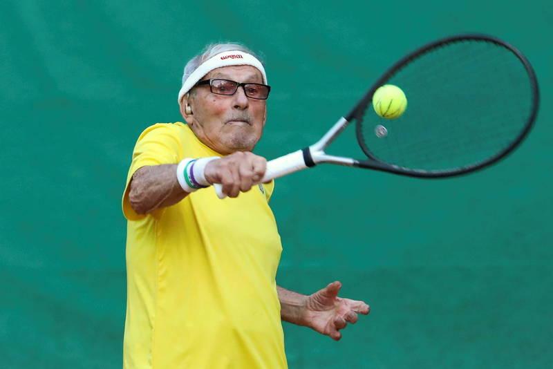 97歲的坦尼斯拉夫斯基為世界上最高齡的網球選手,將於10月參加超高級世界網球錦標賽。(路透)