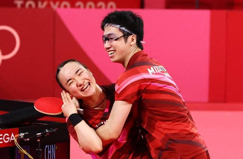 東京奧運桌球混雙項目,金牌戰戰況激烈,但決勝第七局,水美組合一路壓著對方打,最終以11:6拿下決勝局,成功逆轉勝。(路透)